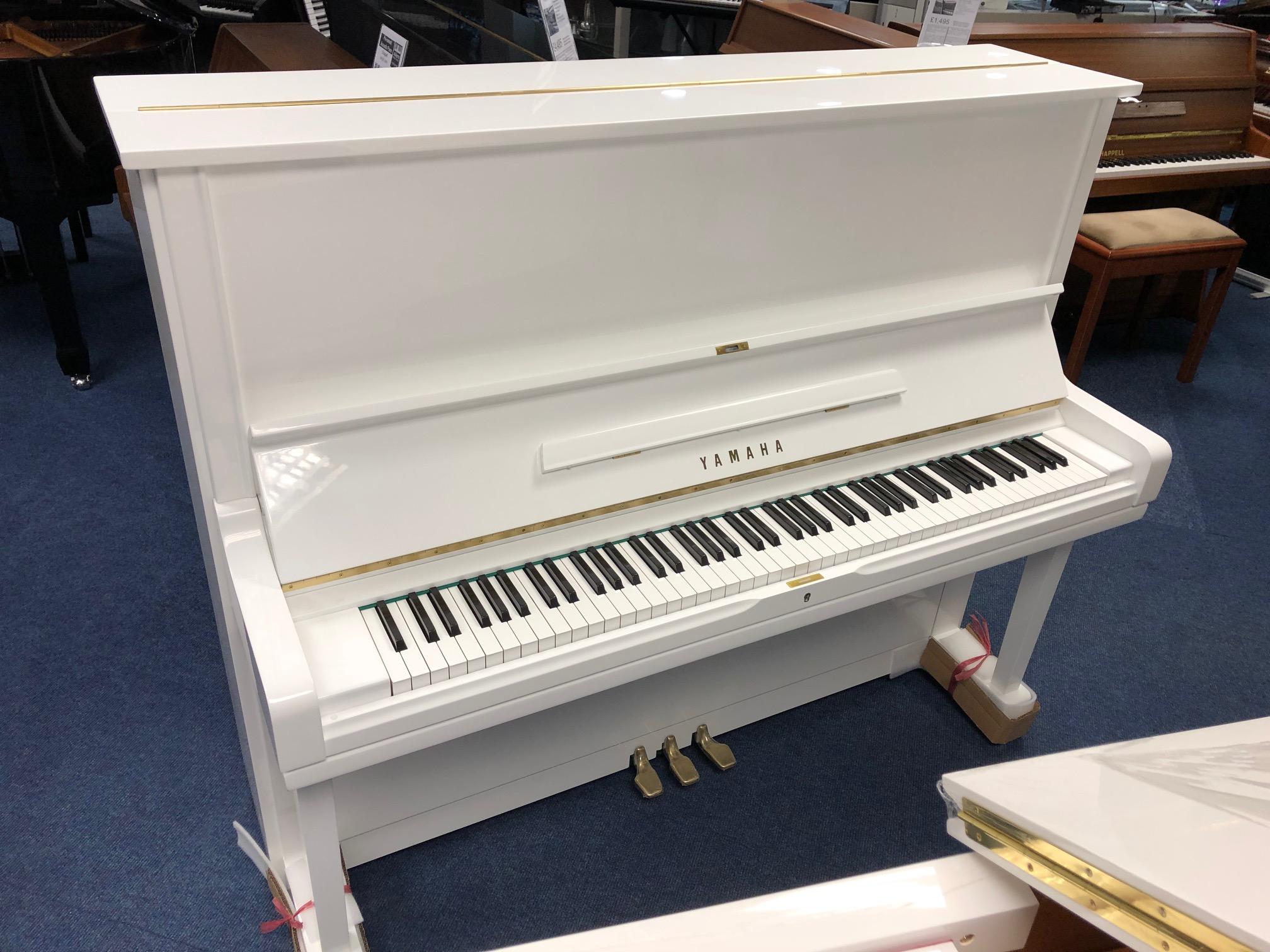 Pre-Owned : Yamaha U3 upright (white)